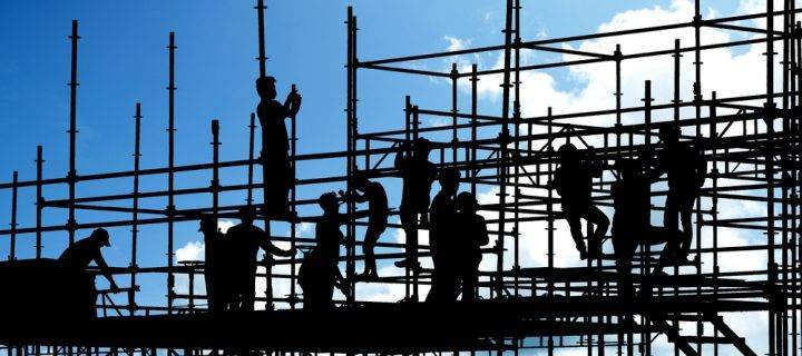 What does a scaffolding sub-contractor do?