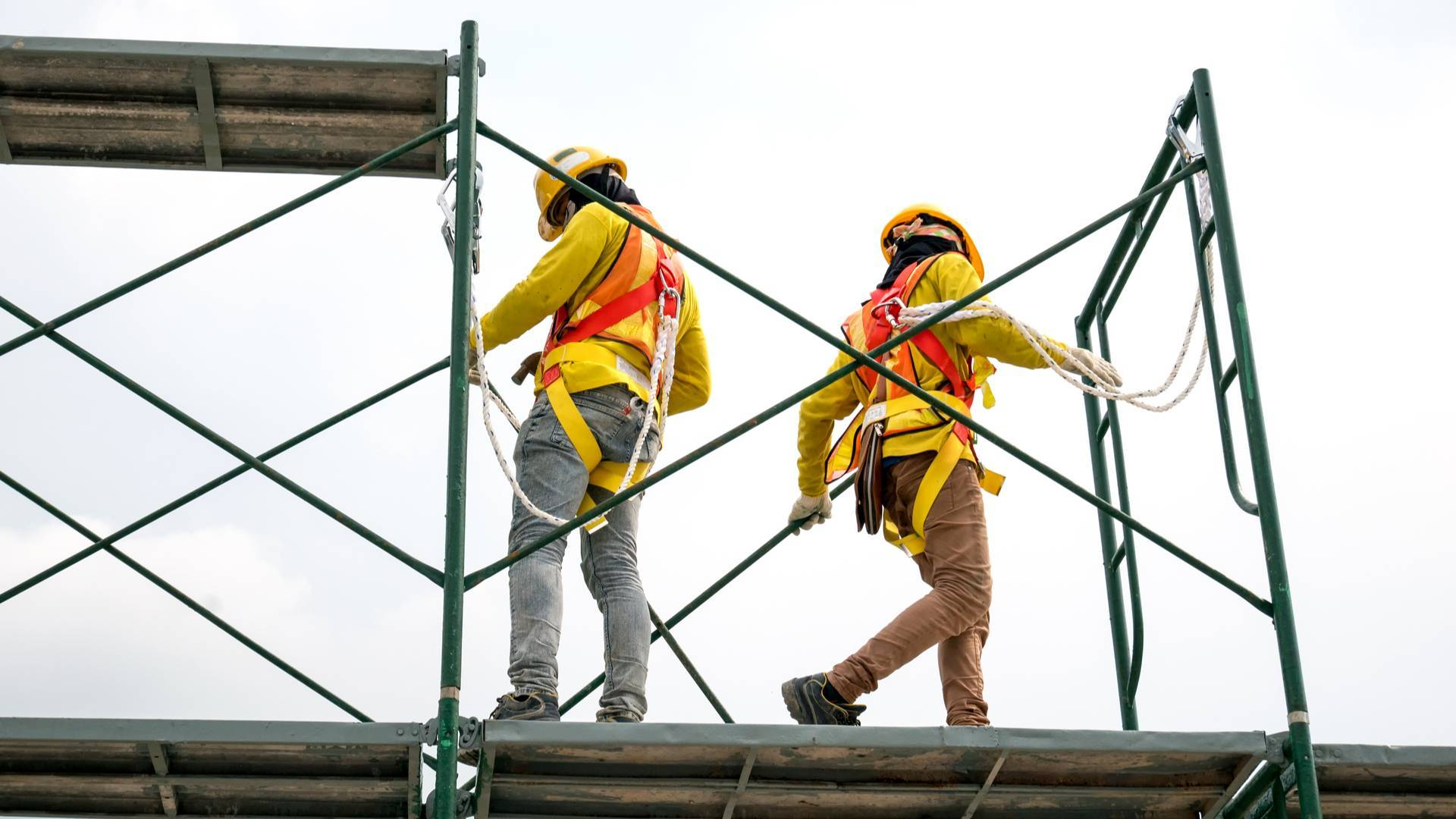 Who Should I Hire for Scaffolding in Loughborough?