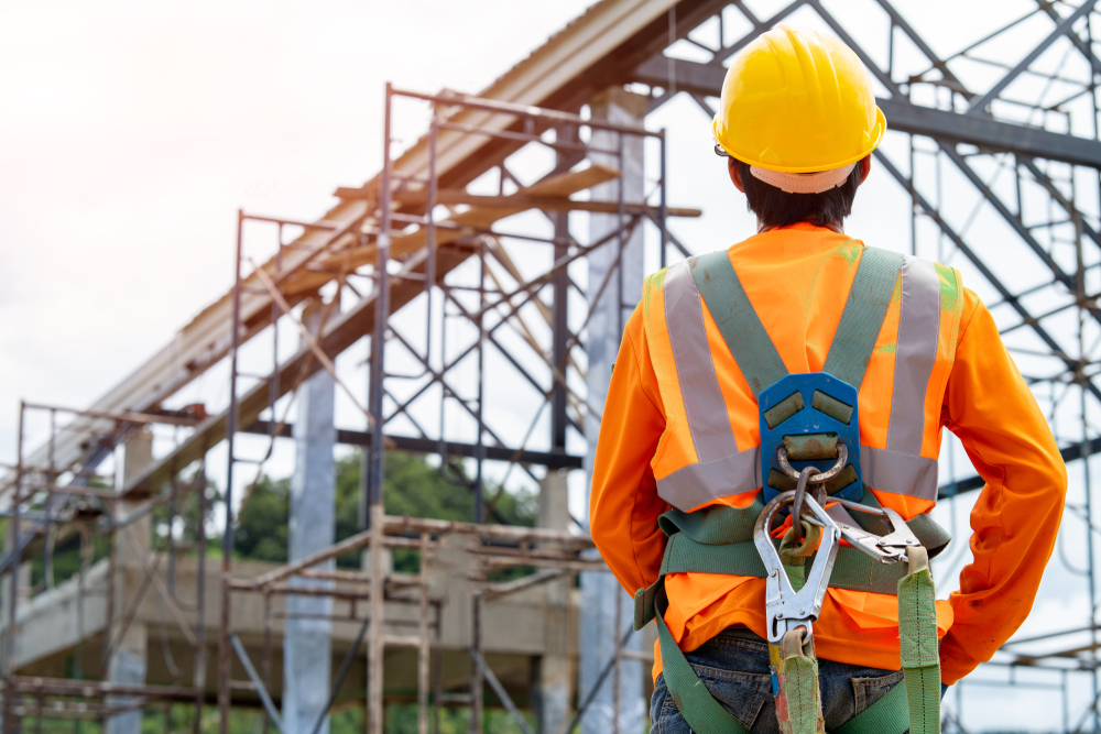 Understanding Fall Protection Systems for Scaffolding