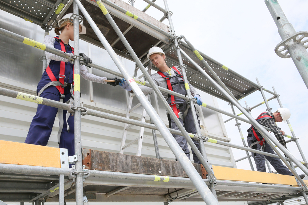 What training is needed to work on scaffolding?